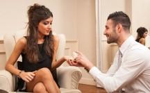 付き合うとすぐに結婚の話が出る!自然にプロポーズを引き出せる女子の特徴