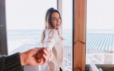 年代別・女性からのアプローチ法!25歳は相づち、30歳、35歳は…