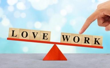 """仕事は恋愛の足かせになる?働き方改革と『わた定』的""""残業時間""""問題"""