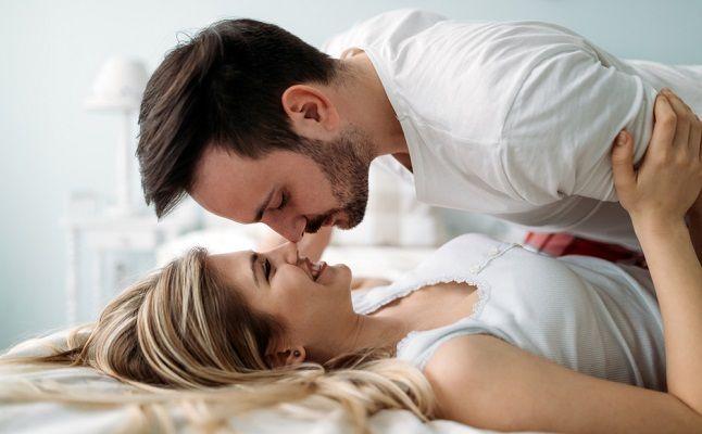 運命数2の彼はベッドで貪欲?生年月日で占う、気になる男性の夜の傾向