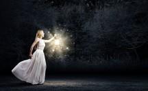 新月のたびに行えば恋が叶う?好きな人を振り向かせる究極の「おまじない」