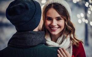【12月の恋占い】月運命数4の人は出会い運上昇!理想の相手と遭遇する兆し