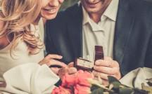 「異業種婚」は幸せ?壇蜜、滝クリ…異業種カップルの相性を占ったら…