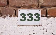 「333」という数字は調和と幸福を表す!恋も前進する?エンジェルナンバー