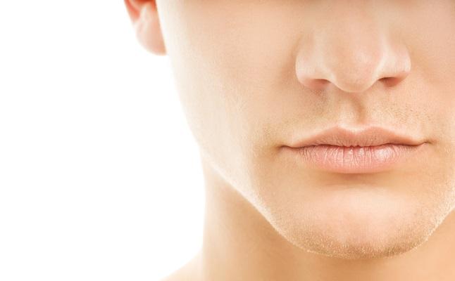 彼のエッチ度は「鼻の下」を見ればわかる!溝が深い人は?ホクロがある人は?