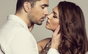 キスの仕方で見極めて!男性がエッチを期待しているときのキスとは…