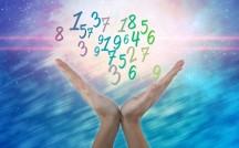 「18日生まれ」はマイペース?話題の占い師シウマの『31日占い』で運勢が丸わかり