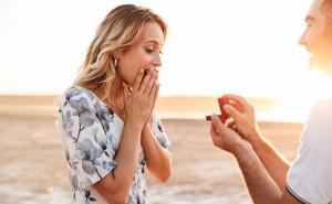男性が結婚を決意した「彼女の一言」5パターン!もう待てない、これ以上の…