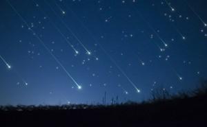 双子座の出会いは必然!? 8月12日に極大「ペルセウス座流星群」12星座別恋占い
